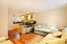 2 bedroom property in Little London Court...