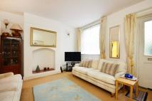 Flat to rent in St Georges Cottages...