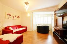 Studio flat in Burbage Close, Borough...