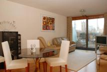 Flat for sale in Albert Embankment...