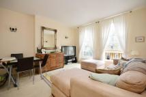 Flat to rent in Elizabeth Square...