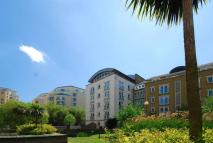 2 bedroom Penthouse in Woodland Crescent...