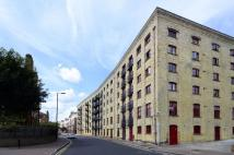 2 bed Flat in Rotherhithe Street...