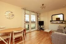 Flat to rent in Casby House, Shad Thames...