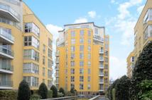 Flat in Water Gardens Square...