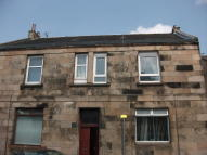 Flat in East Thornlie Street...