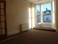2 bedroom Maisonette in Station Road...