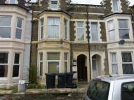 Apartment to rent in Claude Road, CARDIFF