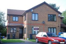2 bed Apartment in Lodge Close...
