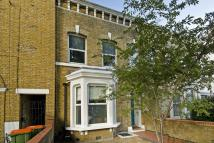 Flat to rent in Manbey Grove, London, E15