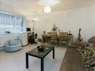 Flat to rent in Darnay Apartments...