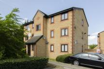 2 bedroom home in Carolina Close, London...