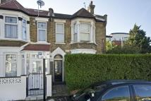 2 bed Flat to rent in Windsor Road, London, E10