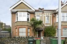 3 bedroom Flat in Salisbury Road, London...