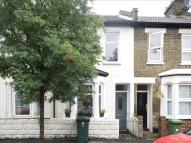 2 bed home in White Road, Stratford...
