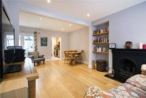 Abbey Road Terraced property to rent
