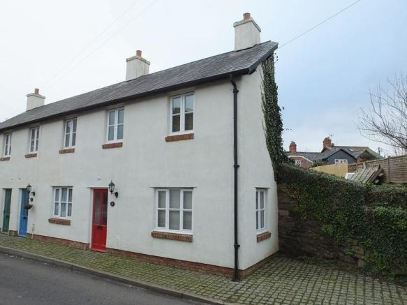 2 bedroom end of terrace house for sale in exeter road for Terrace exeter