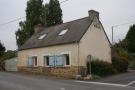 Plelo house for sale