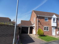 2 bed semi detached property to rent in ROYDON