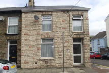 3 bedroom End of Terrace property to rent in Avondale Road, Gelli...