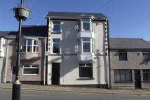 Ground Flat to rent in Morgan Street, Tredegar...