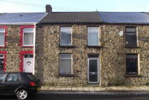 2 bed Terraced home in High Street, Pontycymer...