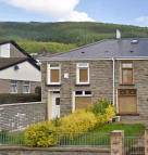 3 bedroom End of Terrace house in Bute St, Treherbert...