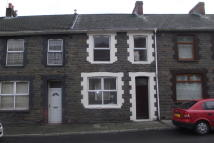 3 bed Town House to rent in Brynmair Road, Aberdare...