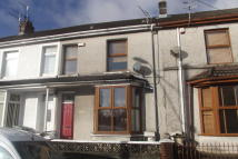 2 bedroom Terraced house in Cynon Terrace, Hirwaun...