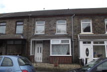 Terraced house to rent in Sherwood Street...