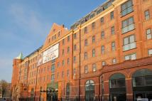 Apartment to rent in Fieldgate Street, London...