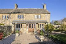 3 bedroom semi detached house for sale in High Street, Broadway...