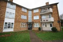 2 bedroom Flat to rent in Crossways...
