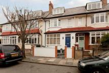 3 bedroom Apartment in Edencourt Road, Tooting...