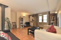 2 bedroom Character Property in Globe Wharf Rotherhithe...