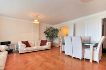 2 bed Apartment in New Caledonian Wharf...