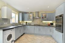 3 bedroom Town House in Ferguson Close, London...