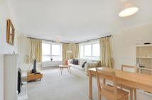 Apartment to rent in Woolcombes Court...