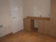Apartment in Lower Dunton Road...