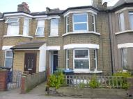 3 bed Terraced house in Montagu Road, Edmonton...