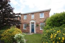 4 bed Detached house in Montgomerie Close...