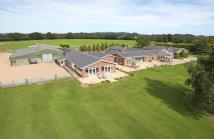 6 bedroom Detached house for sale in Shatterford...