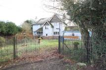 Detached property in Wichenford...