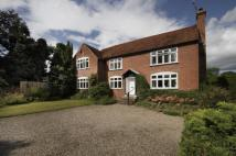 Detached property in Sytchampton...