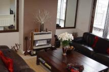 Town House to rent in NIGHTINGALE WAY, BECKTON...