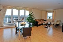 Flat to rent in TRADEWINDS, ROYAL DOCKS...
