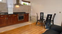 1 bedroom Flat in PENNYFIELDS, DOCKLANDS...