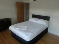 Studio flat in ROTHERHITHE NEW ROAD...