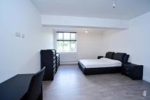 Studio flat in BURNSIDE ROAD...