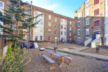 2 bedroom Flat to rent in ARCADIA COURT...